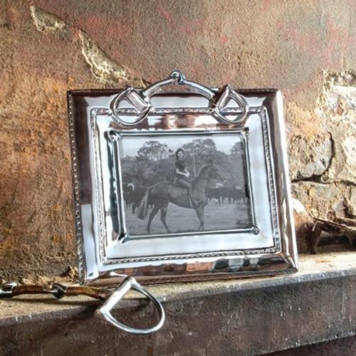 Equestrian Snaffle Frame 5 x 7