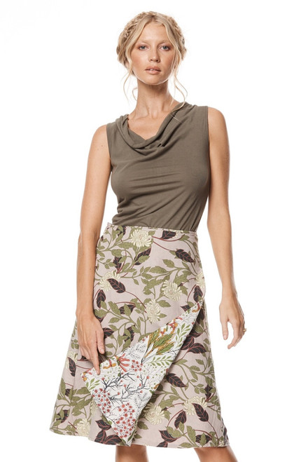 Reversible cotton skirt with soft floral print on model