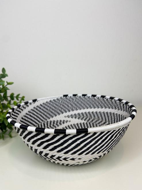 Telephone wire Medium Bowl - African Eclipse