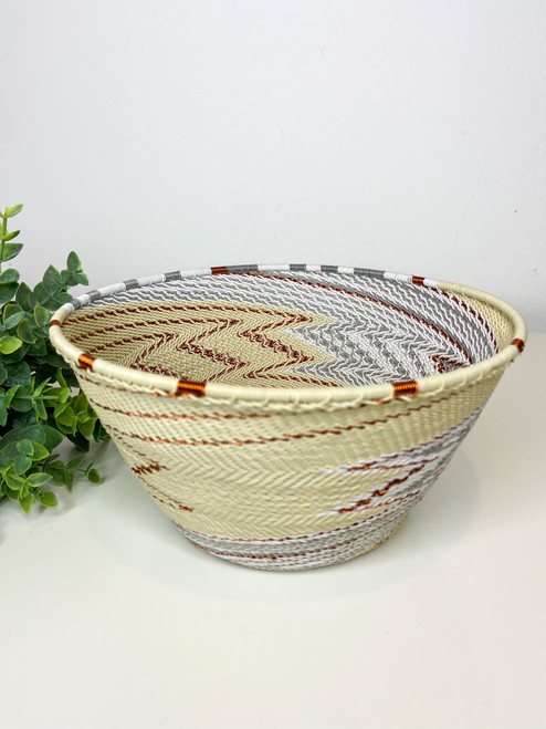 Telephone wire Large Deep Bowl - African Ivory