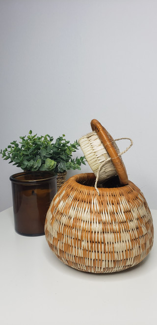 Vintage Bayei & Hanbukushu Handwoven Basket - 010