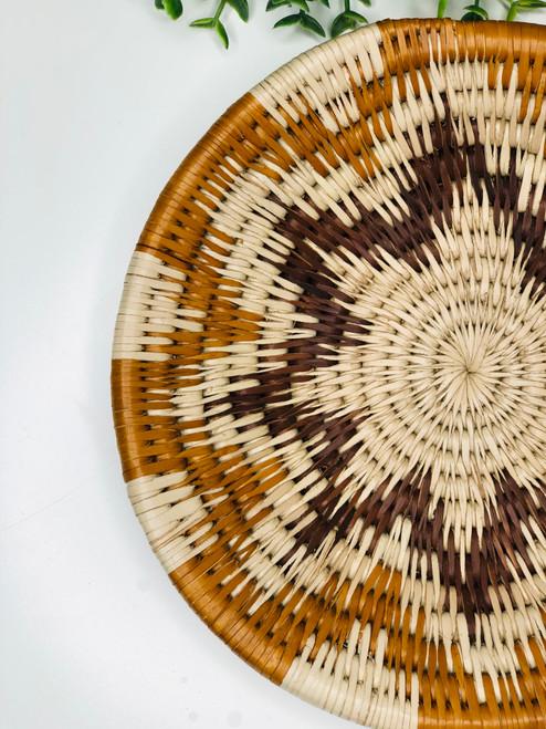 "Vintage Bayei & Hanbukushu Handwoven Grass Basket - 7"""