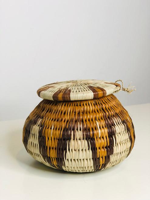 "Vintage Bayei & Hanabukushu Botswana Basket 002 - 4"""
