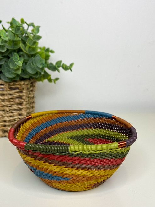 Telephone wire Small Triangle Bowl - Earthy Rainbow