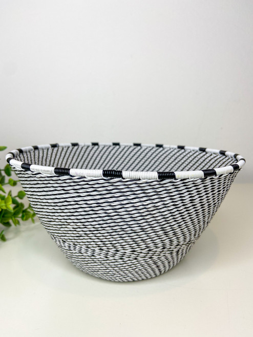 Telephone wire Large Deep Bowl - African Eclipse