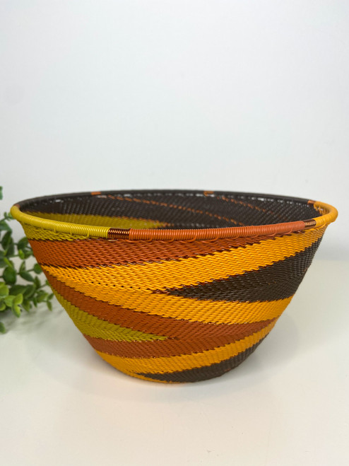 Telephone wire Large Deep Bowl - African Earth