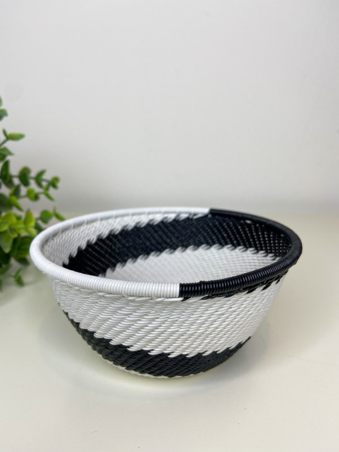 Telephone wire Small Deep Bowl - African Eclipse