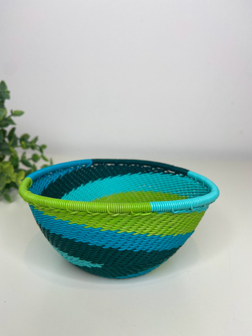 Telephone wire Small Triangle Bowl - African Spring