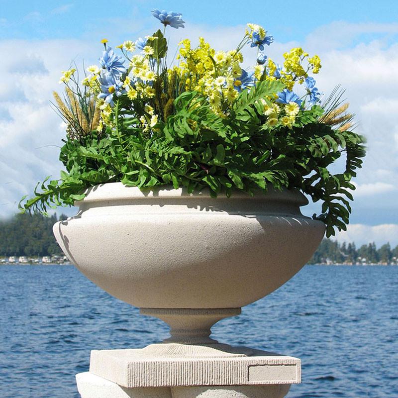 Frank Lloyd Wright Small Oak Park Residence Planter Vase