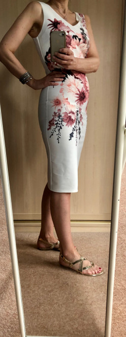 EX CHAIN STORE WHITE FLORAL BODYCON DRESS