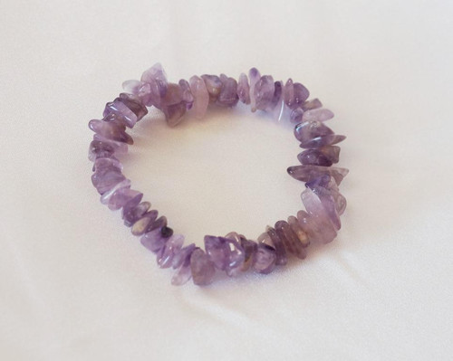Amethyst Chip Bracelet helps relieve stress, anxiety and brings inner peace & heightens intuition.