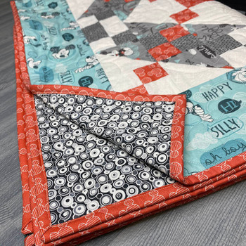 Disney's Mickey Mouse - Mickey Magic - Ready-to-Sew Quilt Kit