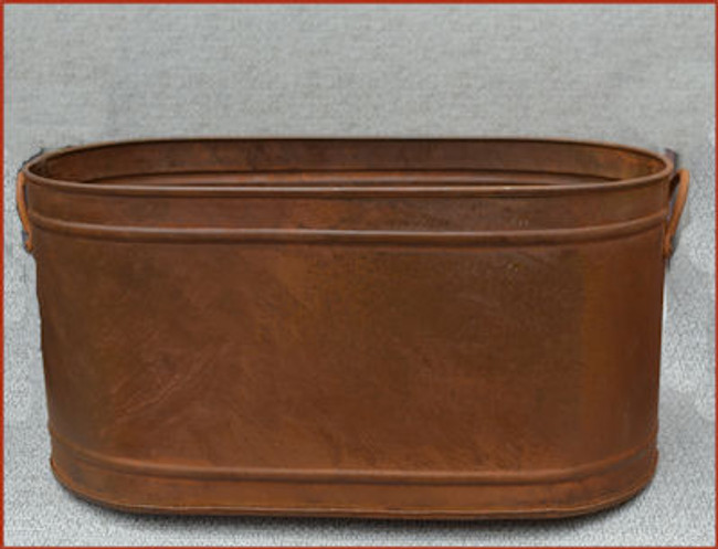 Rusty Metal Oval Single Ridge Container - 3 Sizes
