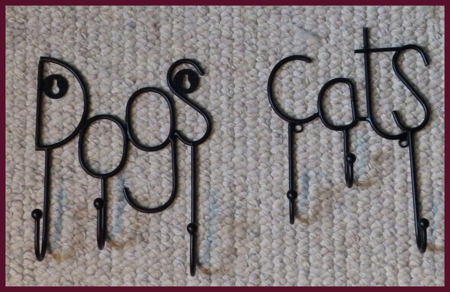 """Metal - Cat Triple Hangers ~7"""" w x 8"""" T (12459)"""