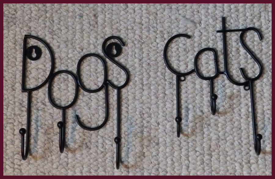 "Metal - Dog and Cat Triple Hangers ~7"" w x 8"" T (12404 and 12459)"