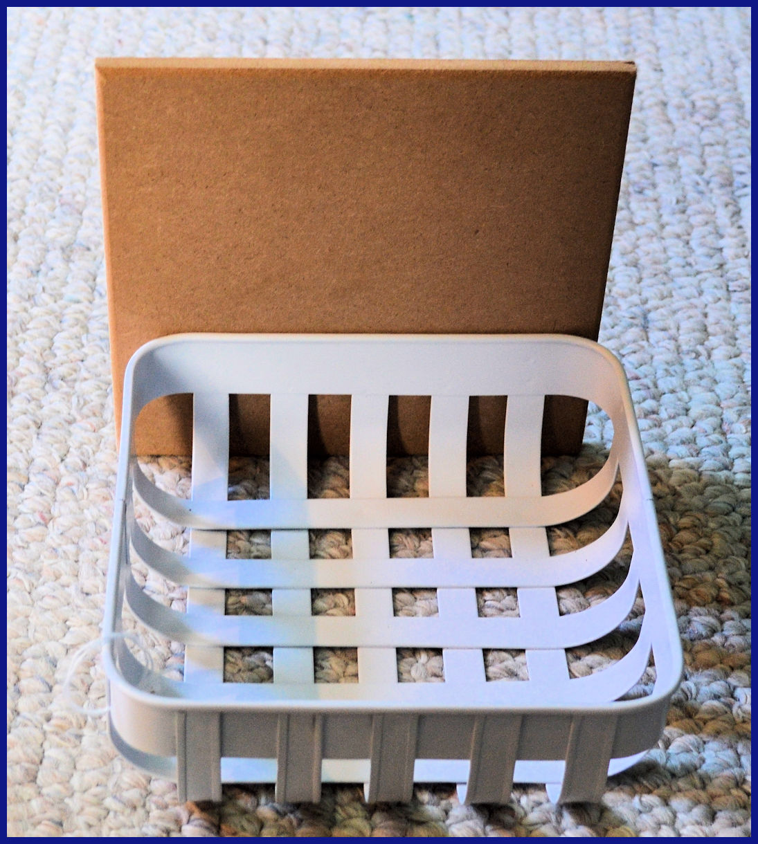 basket-white-napkin-basket-with-lid-up-np13527.jpg