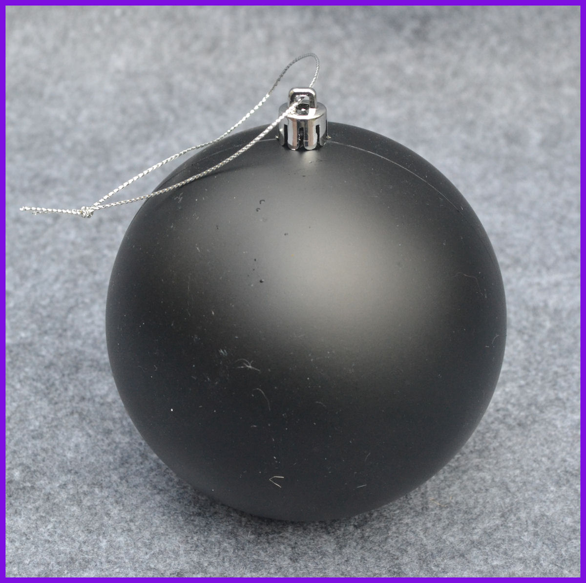 da-round-ball-4-5-inches-890205749-sm.jpg