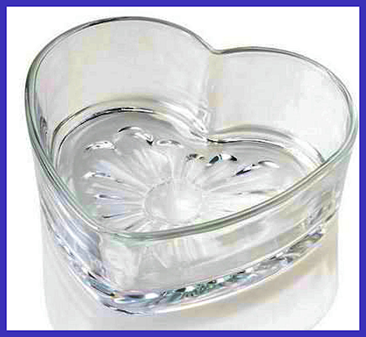 glass-heart-bowl-pix-16161000-2.jpg