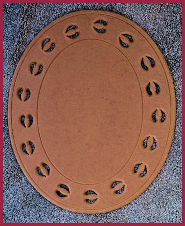 lw1136-reindeer-print-oval-plaque-20207.jpg