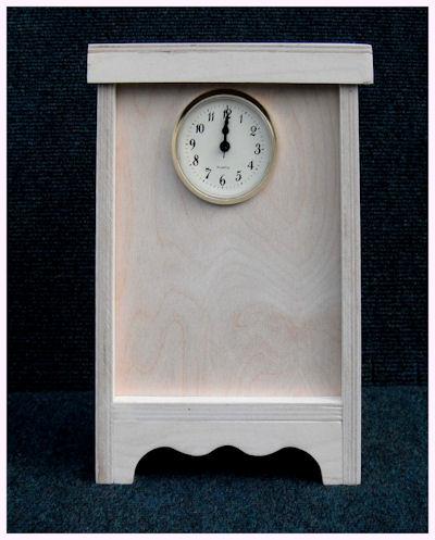 wood-clock-ak-1209112-sm.jpg