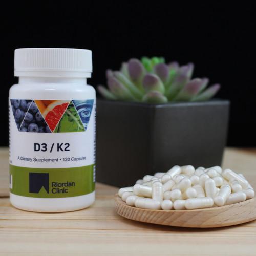 Riordan Clinic Vitamin D3/K2, 120 Capsules. Small White Capsules