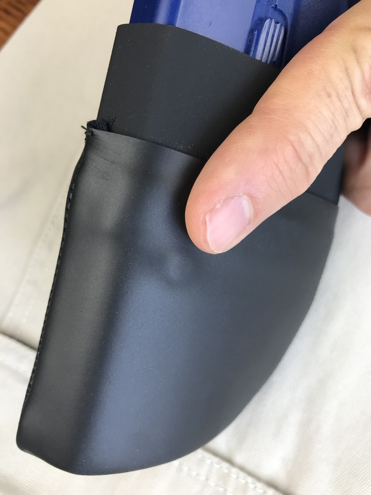 CCW Breakaways SkinTight Pocket Holster. Trigger Finger Registration Point for Left Hander. Trigger Finger Always Lands on the Slide After Draw. The Perfect Trigger Guard Protection.