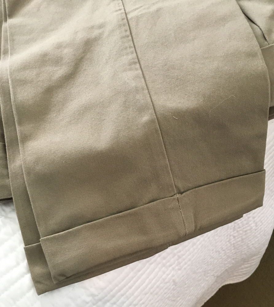 Is it possible to make cuffs on CCW Breakaways Khakis?