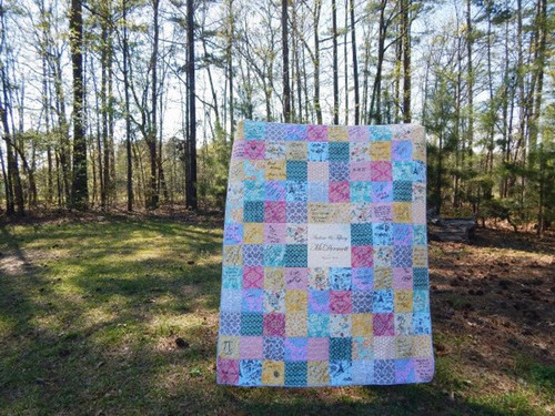 Guest Book Quilt - BIG CENTER NAME PLATE