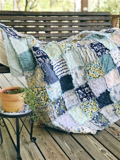 RAG QUILT - Spring Blues