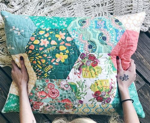 Sham - Jumbo Hexagon Pillow