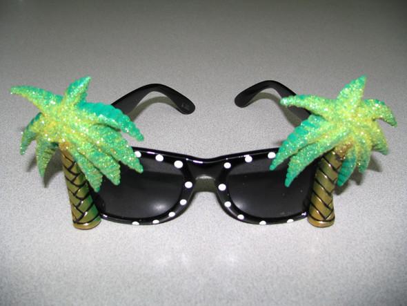 FZ - Flamingo and Palm Tree sunglasses