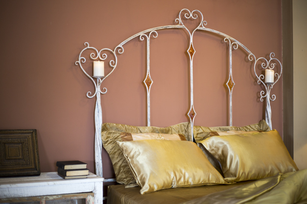 Victorian Heart Bed