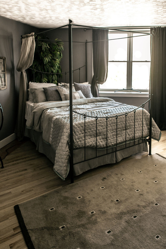 Knot Canopy Full Iron Bed