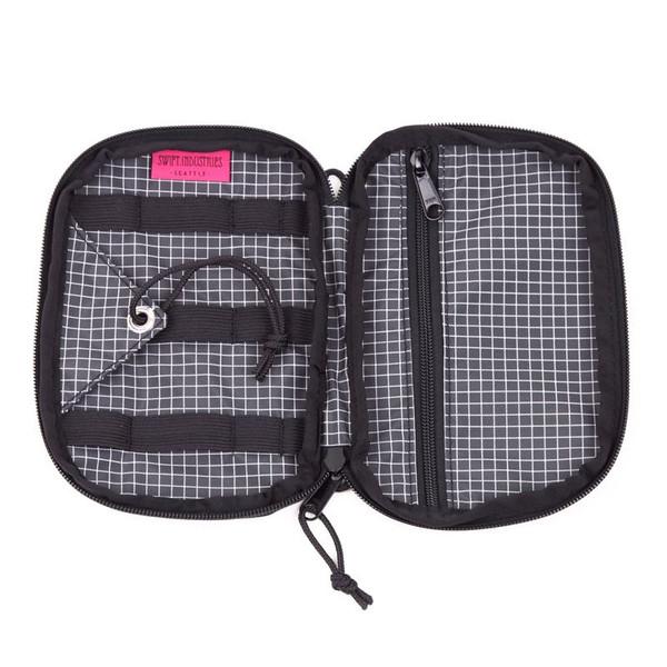 Swift Seeker Travel Kit