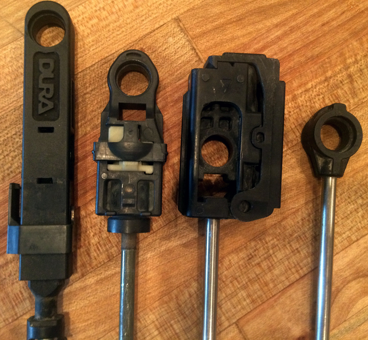 Chrysler 200 bushing repair kit for shift selector cable