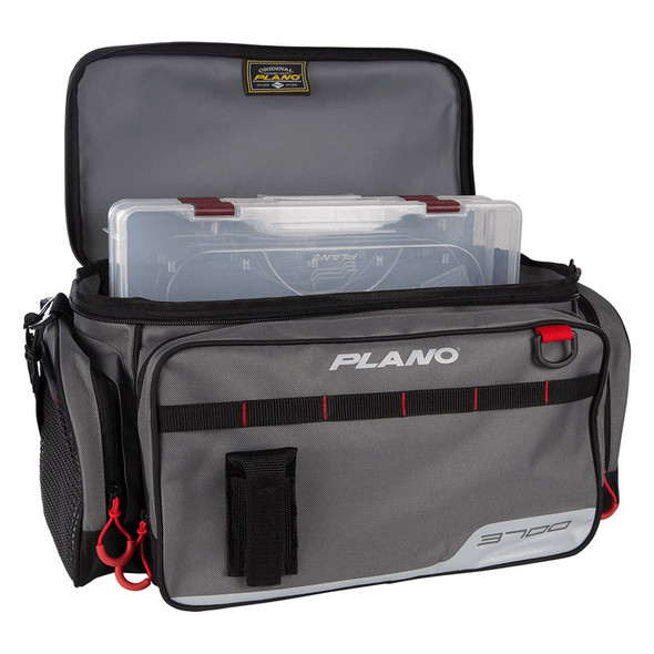 Plano Tackle Box Soft Side c/w 2 3700 Stowaways