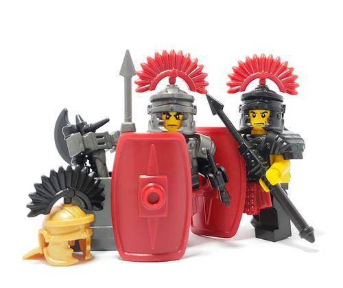 LEGO LOT OF 12 LARGE ISLANDER PIRATE SHIELD CASTLE MINIFIGURE SHIELDS
