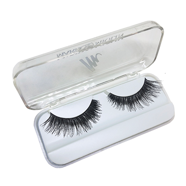 The Diva Lash Black Open Case