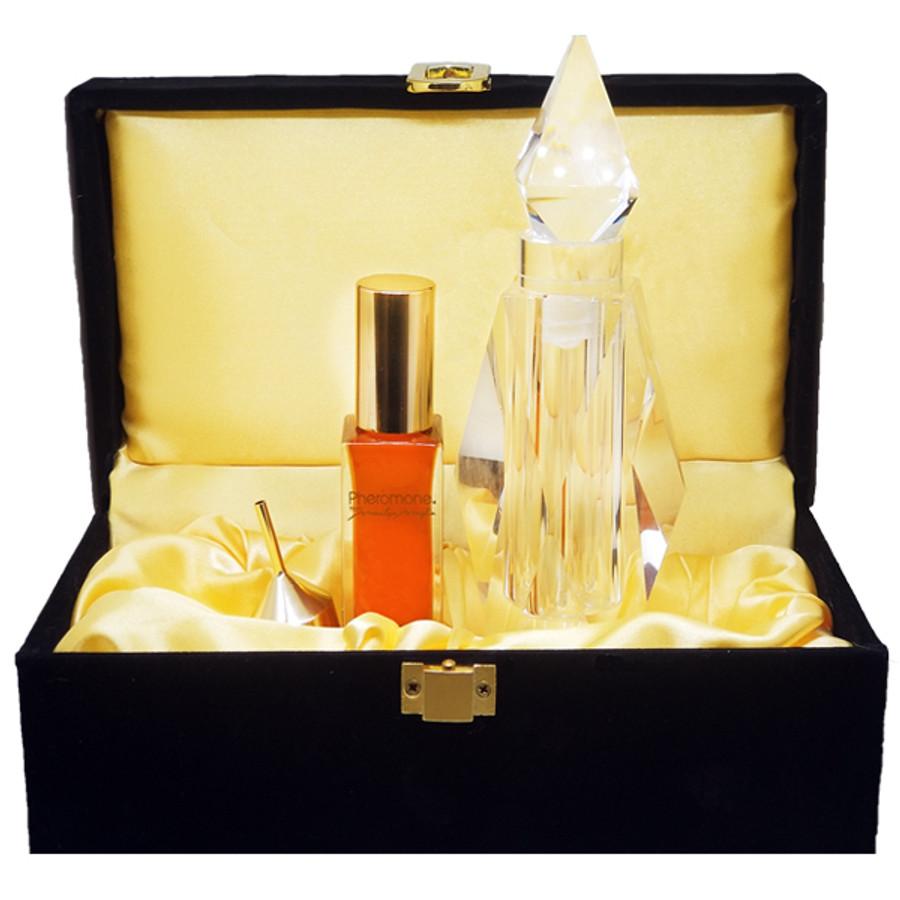 Pheromone® Parfum 1 oz / Crystal Bottle & Black Velvet Box