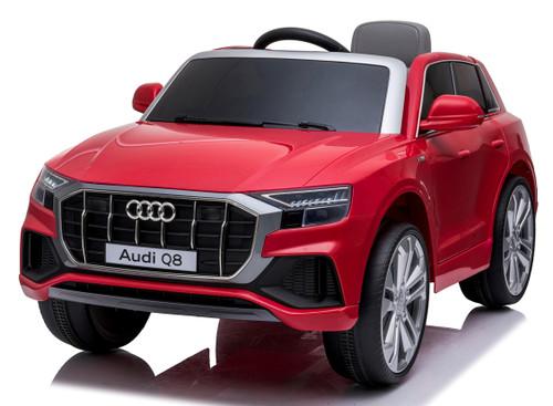 Audi Q8 Red
