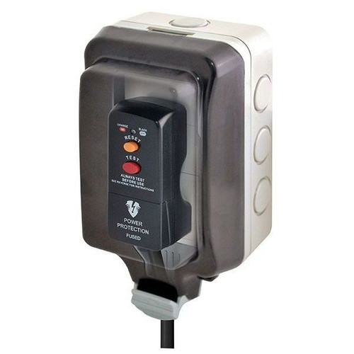Single Outdoor Weatherproof Unswitched Socket with Large Housing IP66
