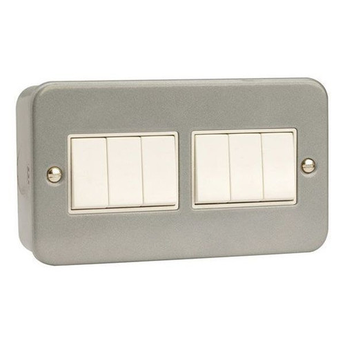 Metal Clad 10AX 6 Gang 2 Way Plate Switch with Back Box & Knockouts