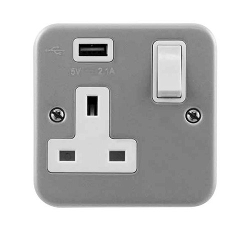 MetalClad 13A 1 Gang Switched Socket with 2.1A USB Outlet