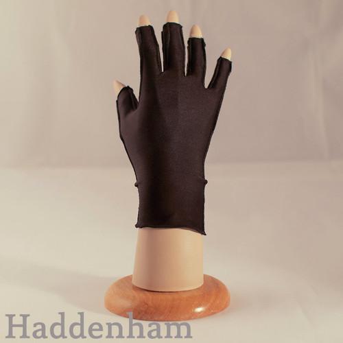 Haddenham Microfine Glove
