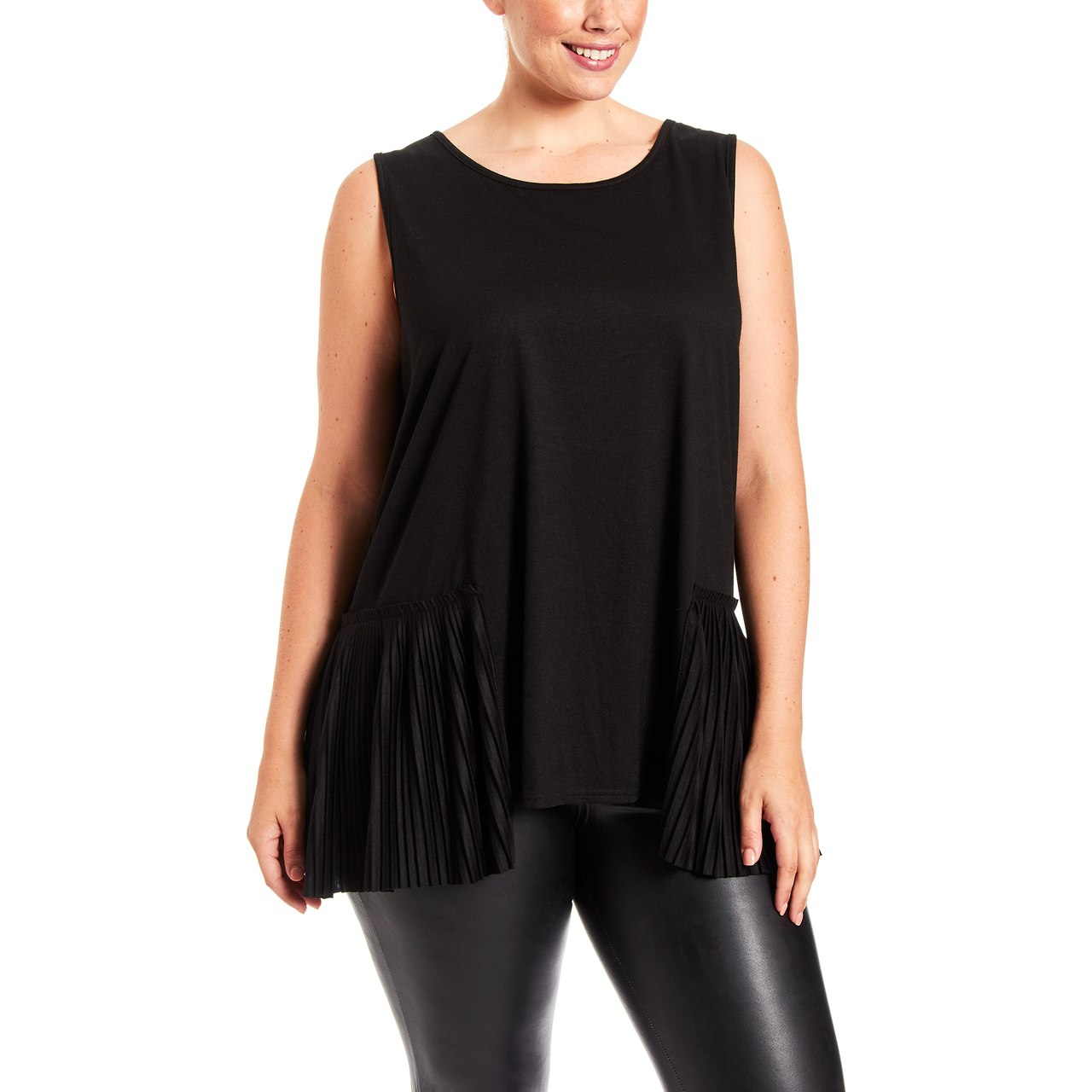 Curvy Pleated Side Sleeveless Top In Black
