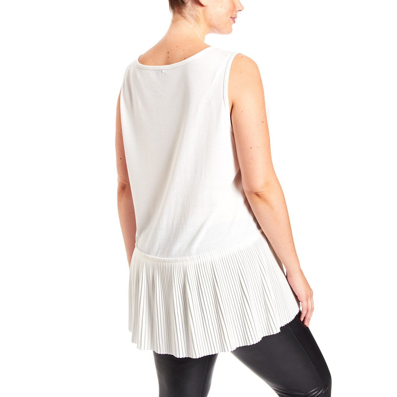 Curvy Pleated Side Sleeveless Top In Ivory