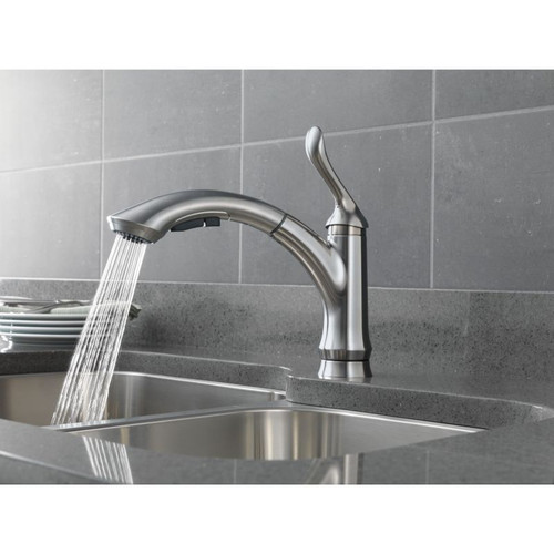 Delta 4353-AR-DST Linden Single-Handle Pull-Out Kitchen Faucet