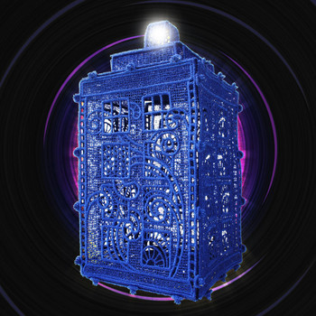 Freestanding Lace Police Box