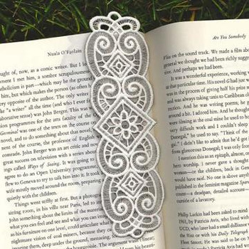 Freestanding Lace Bobbin Bookmarks