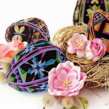 Freestanding Mosaic Eggs